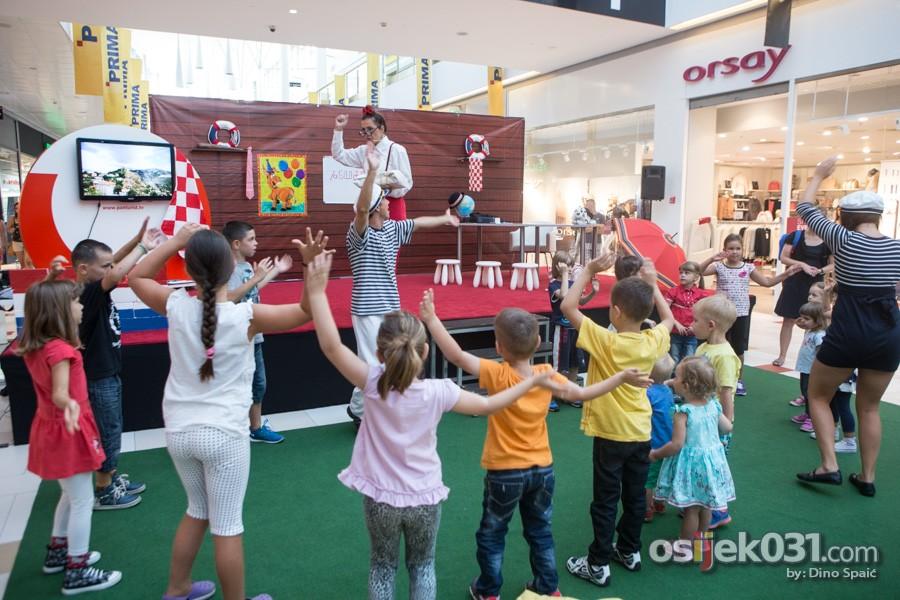 [url=http://www.osijek031.com/osijek.php?topic_id=52673][FOTO] Mališani naučili ponešto o 'Lijepoj našoj' uz animacijski show 'Moja Hrvatska'[/url]  Foto: Dino Spaić