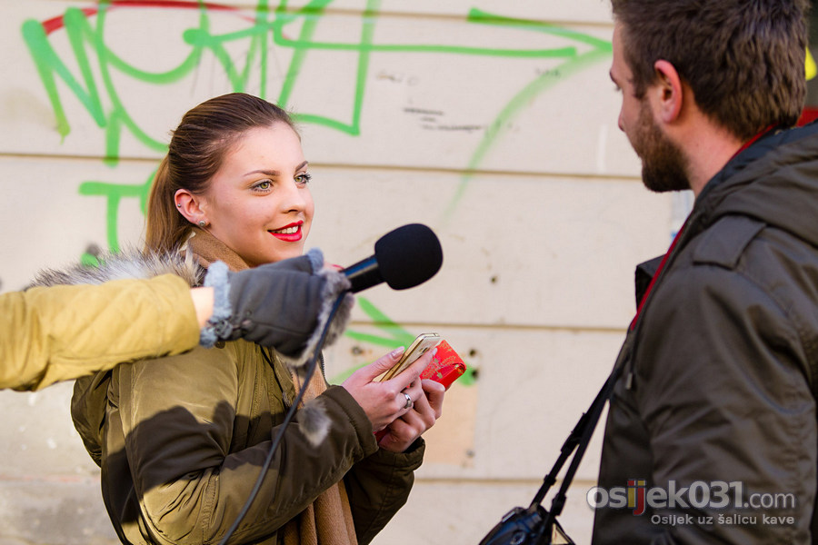 [url=http://www.osijek031.com/osijek.php?topic_id=60232][FOTO + VIDEO] Legice u šetnji [prosinac, 2015.][/url]  Foto: [b]Dalibor Bauernfrajnd[/b]