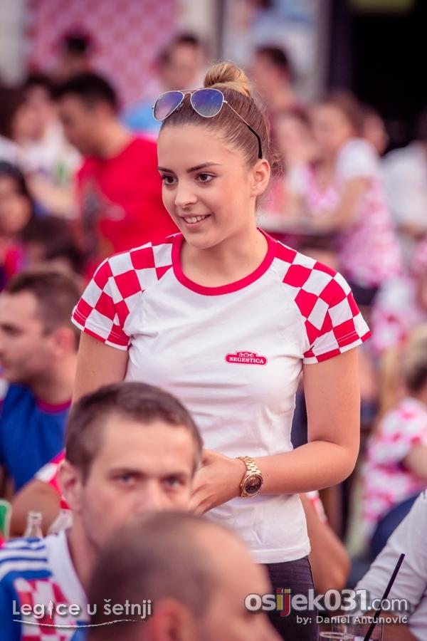 [url=http://www.osijek031.com/osijek.php?topic_id=63014][FOTO] Vatrene legice[/url]  Foto: [b]Daniel Antunović[/b]