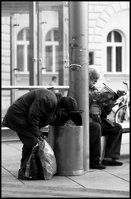 U prolazu  Foto: Samir Kurtagić  Ključne riječi: prolazu samir