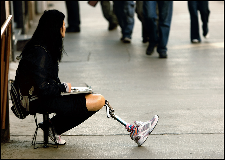 U prolazu  Foto: Samir Kurtagić  Ključne riječi: prolazu proteza