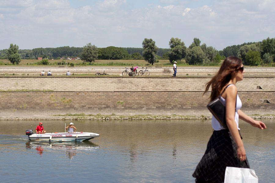 Spasilačka  Foto: cacan  Ključne riječi: spasilacka luka drava