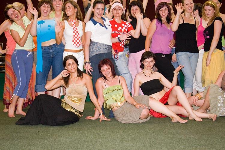 OLJM - radionica trbusnog plesa - plaznice  Photo: steam  Ključne riječi: OLJM osjecko ljeto mladih trbusni ples