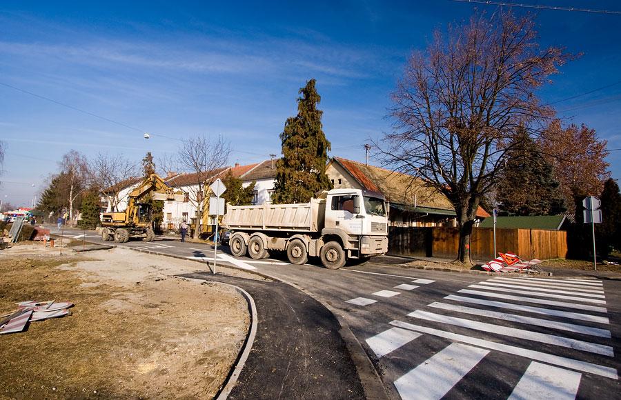Kolodvorska obnovljena  Radovi na obnovi dijela Kolodvorske ulice u završnoj su fazi i otvorenje se očekuje svaki dan.  Foto: steam