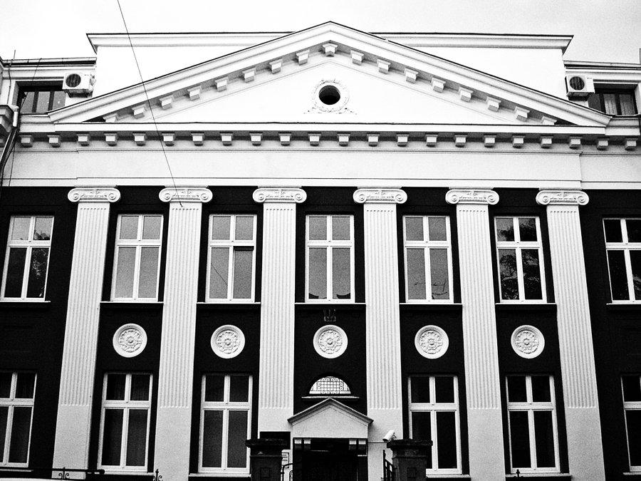 Zavod  Foto: [url=http://www.mojosijek.deviantart.com/]Domagoj Sajter[/url]  Ključne riječi: zavod