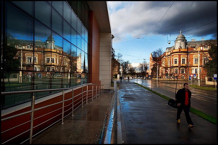 U prolazu  Foto: Samir Kurtagić  Ključne riječi: samir