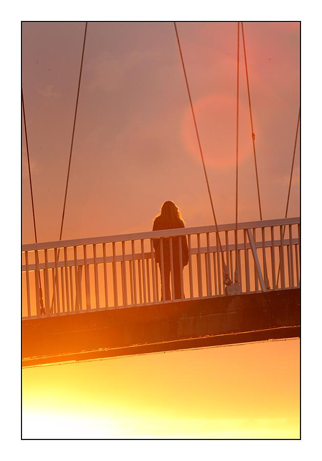 Uživanje u zalasku  Foto: [b]Tomislav Šilovinac[/b]  Ključne riječi: osijek most sunset