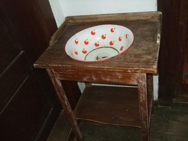 Muzej Kumrovec - umivaonik