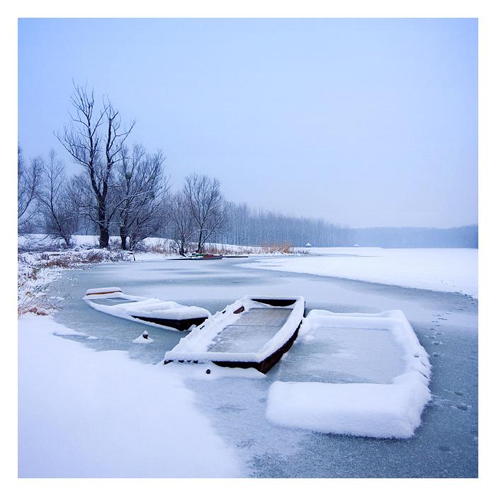 Frozen II  Photo: Davor Pleša http://davorplesa.com   Ključne riječi: zima led camac frozen davor