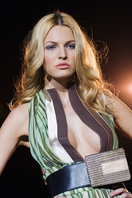 Fashion Art  Photo: [url=http://davorplesa.com]Davor Pleša[/url]  Ključne riječi: fashion incubator art davor