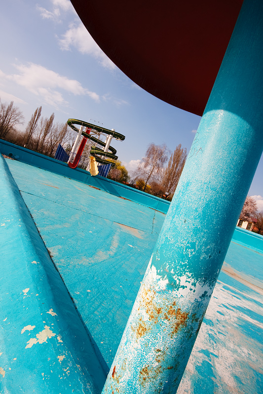Kupanje?  Photo: [url=http://davorplesa.com/]Davor Pleša[/url]  Ključne riječi: kopika bazen tobogan gljiva
