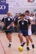 2006_12_07_humanitarna_utakmica_davor_plesa_12.jpg