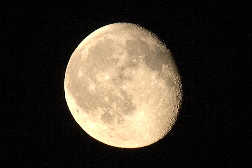 moon  70-200 f4 +TC kenko 1.5x  Ključne riječi: mjesec