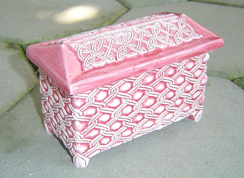 škrinjica  Ključne riječi: keramika pleter