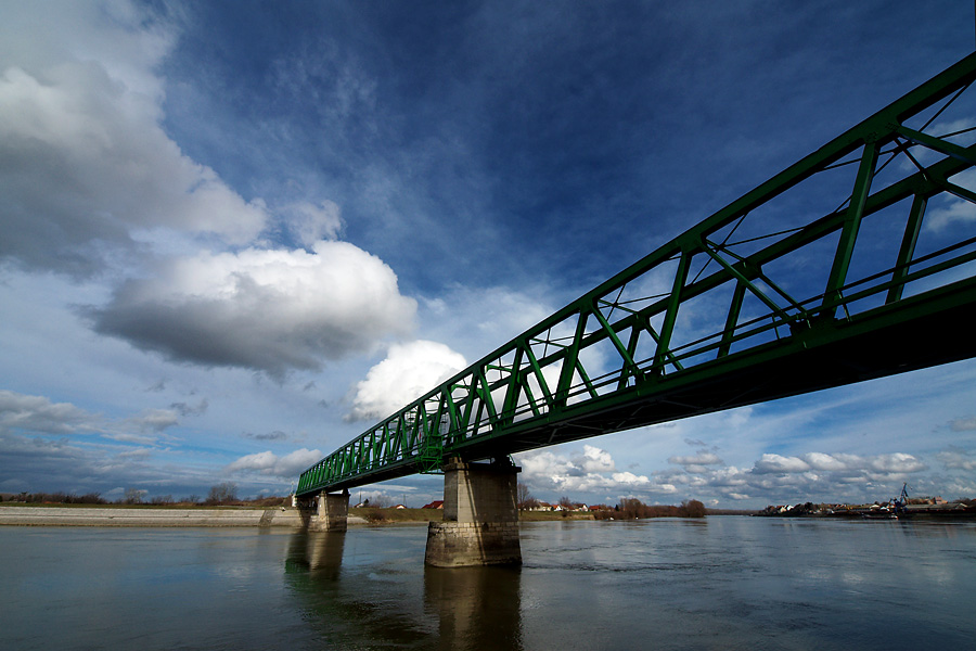 Zeleni most  Foto: Jasmina Gorjanski  Ključne riječi: zeleni most drava