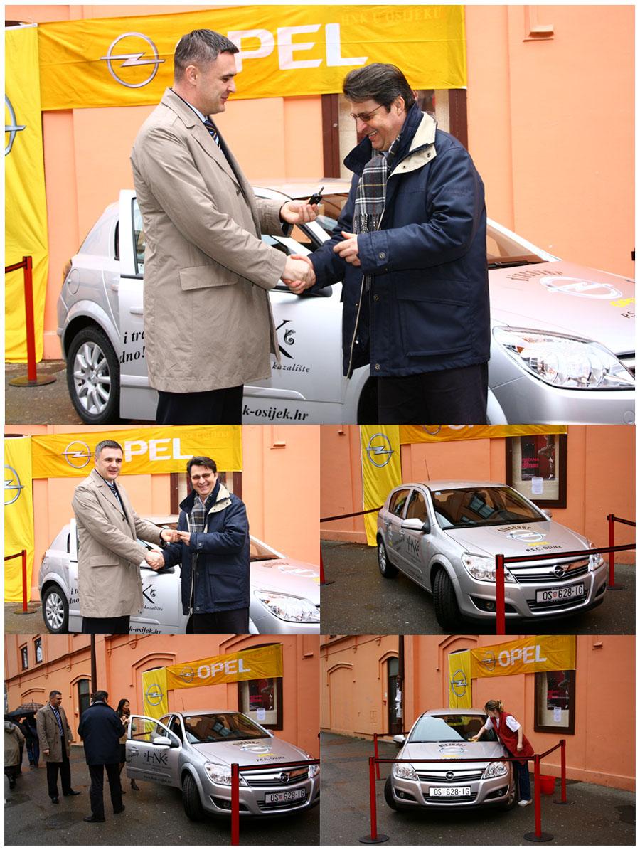 Primopredaja sponzorskog automobila  Suradnja HNK-a i Opela.  Foto: Daniel Antunović  Ključne riječi: primopredaja automobil hnk opel suradnja