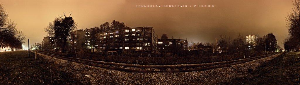 Iza ograde  Foto: [b]Krunoslav Perasović[/b]  Ključne riječi: panorama osijek