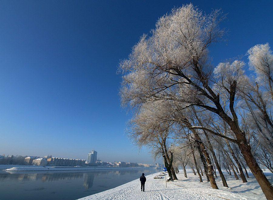 Jutro na obali  Foto: [b]Jasmina Gorjanski[/b]  Ključne riječi: jutro obala zima snijeg