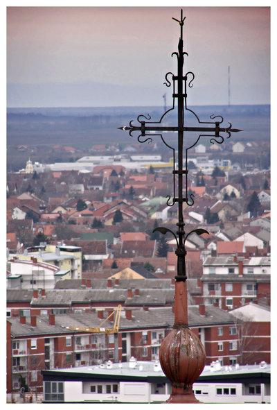 Pogled sa zvonika  Foto: [url=http://www.domagojs.deviantart.com/]Domagoj Sajter[/url]  Ključne riječi: pogled zvonik