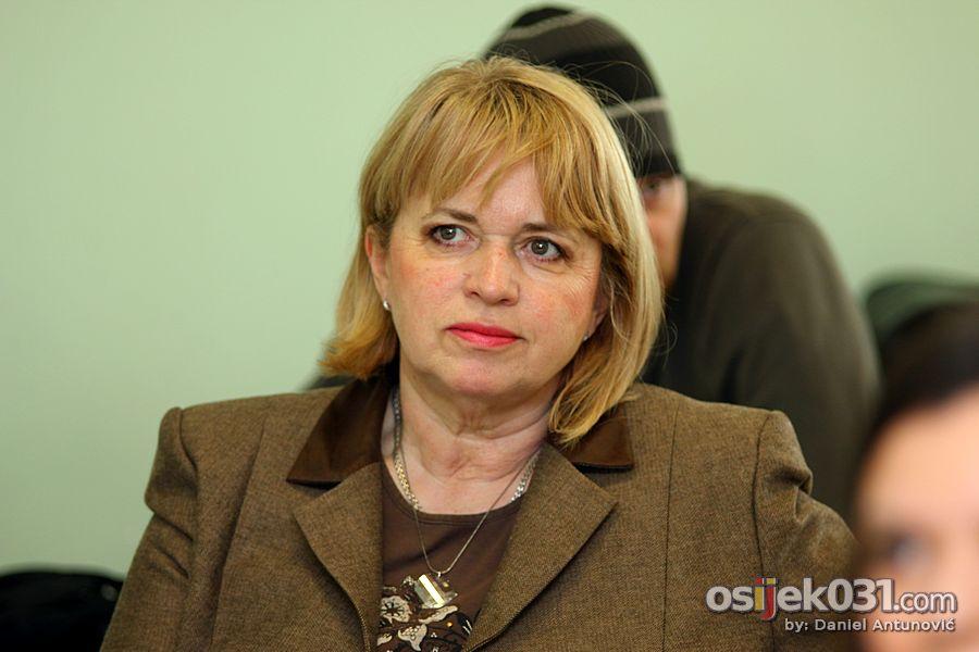 [url=http://www.osijek031.com/osijek.php?topic_id=36327]AIESEC predstavio projekt 'Jednaki u različitosti'[/url]  Foto: Daniel Antunović