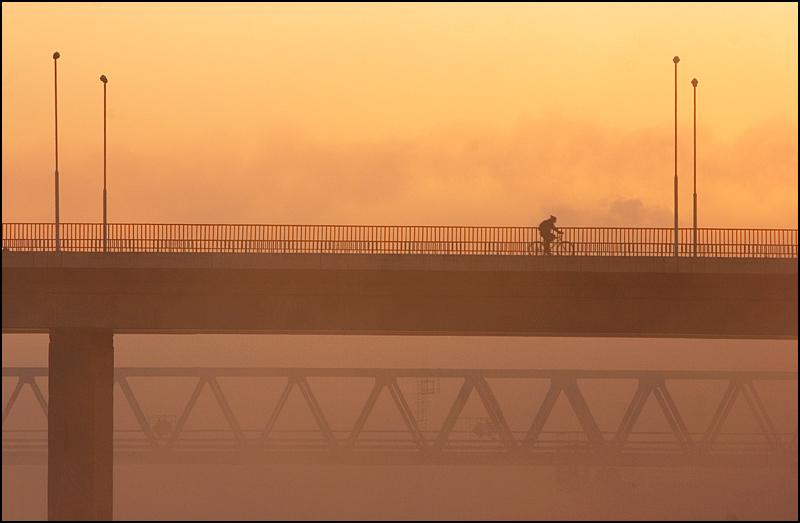Most u magli  foto: [b]Samir Kurtagić[/b]  Ključne riječi: most magla drava