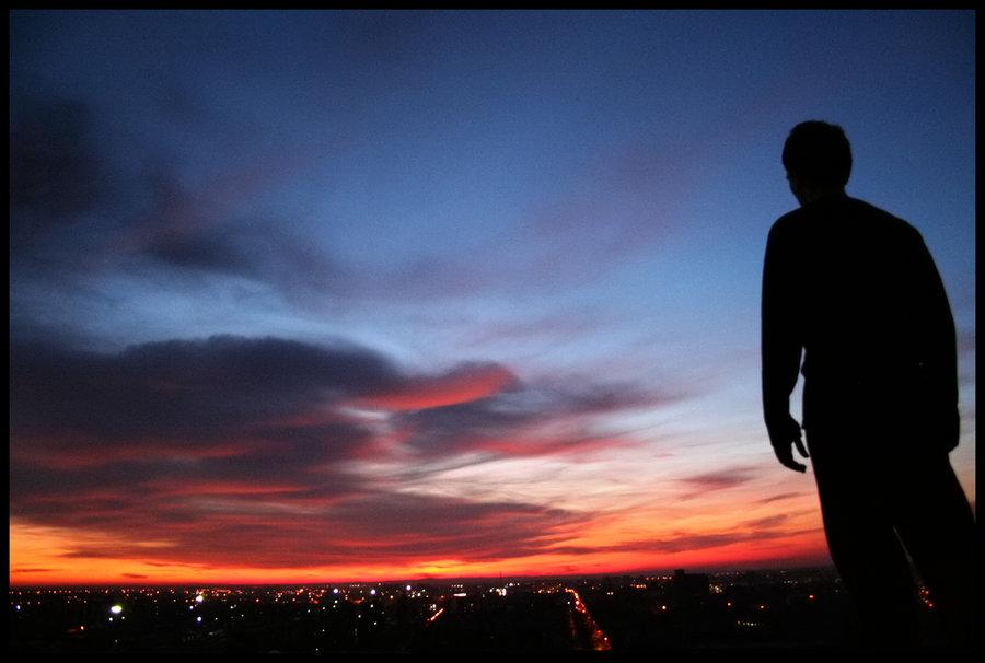 Looking Down On Us  Foto: [b]Matej Snopek[/b]  Ključne riječi: zalazak nebo oblaci boje