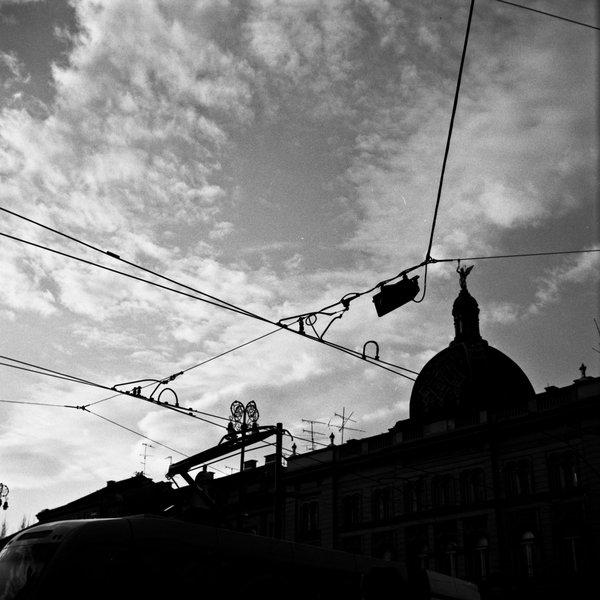 Nebesa  Foto: [b]Marko Kirin[/b]  Ključne riječi: nebo oblaci crno bijelo silueta