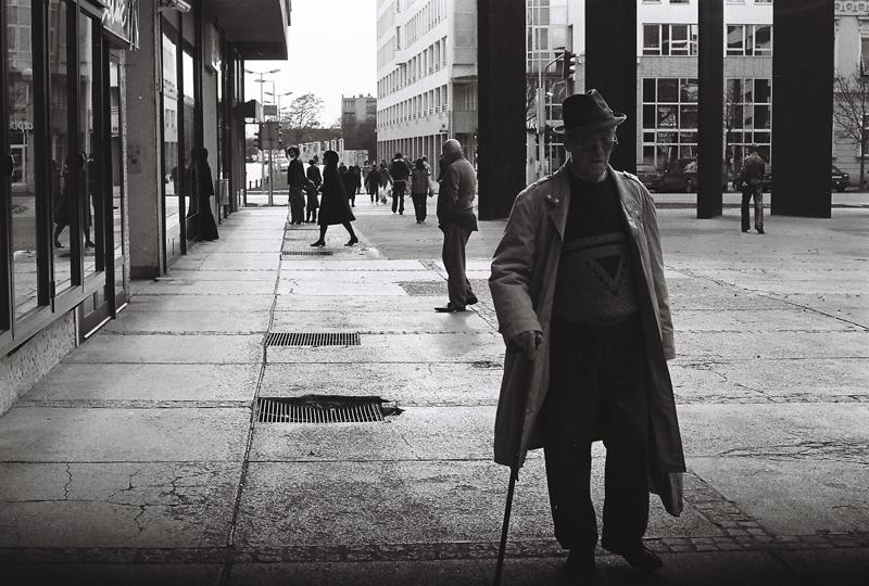 100  Foto: Ante Delač  Ključne riječi: setac crno bijelo