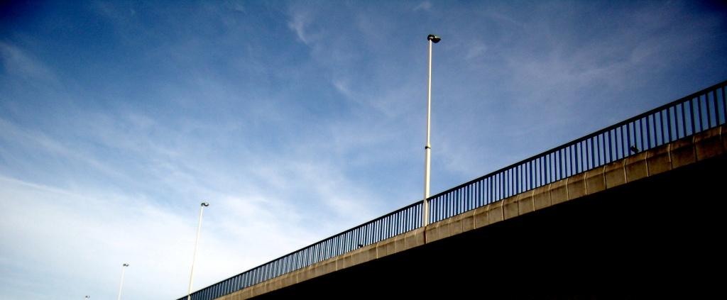 Stopilo se nebo  detalj s mosta  Foto: muhha  Ključne riječi: most osijek detalj
