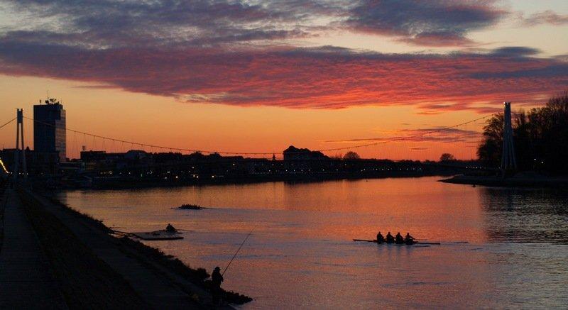 Sunset, sunset  Foto: muhha  Ključne riječi: osijek zalazak
