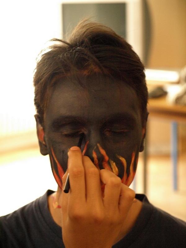 Body painting  Zemlja bez granica, Kao oblak 2008.   Ključne riječi: osijek