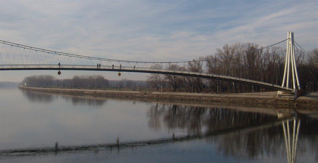 Most  Ključne riječi: most pješački osijek