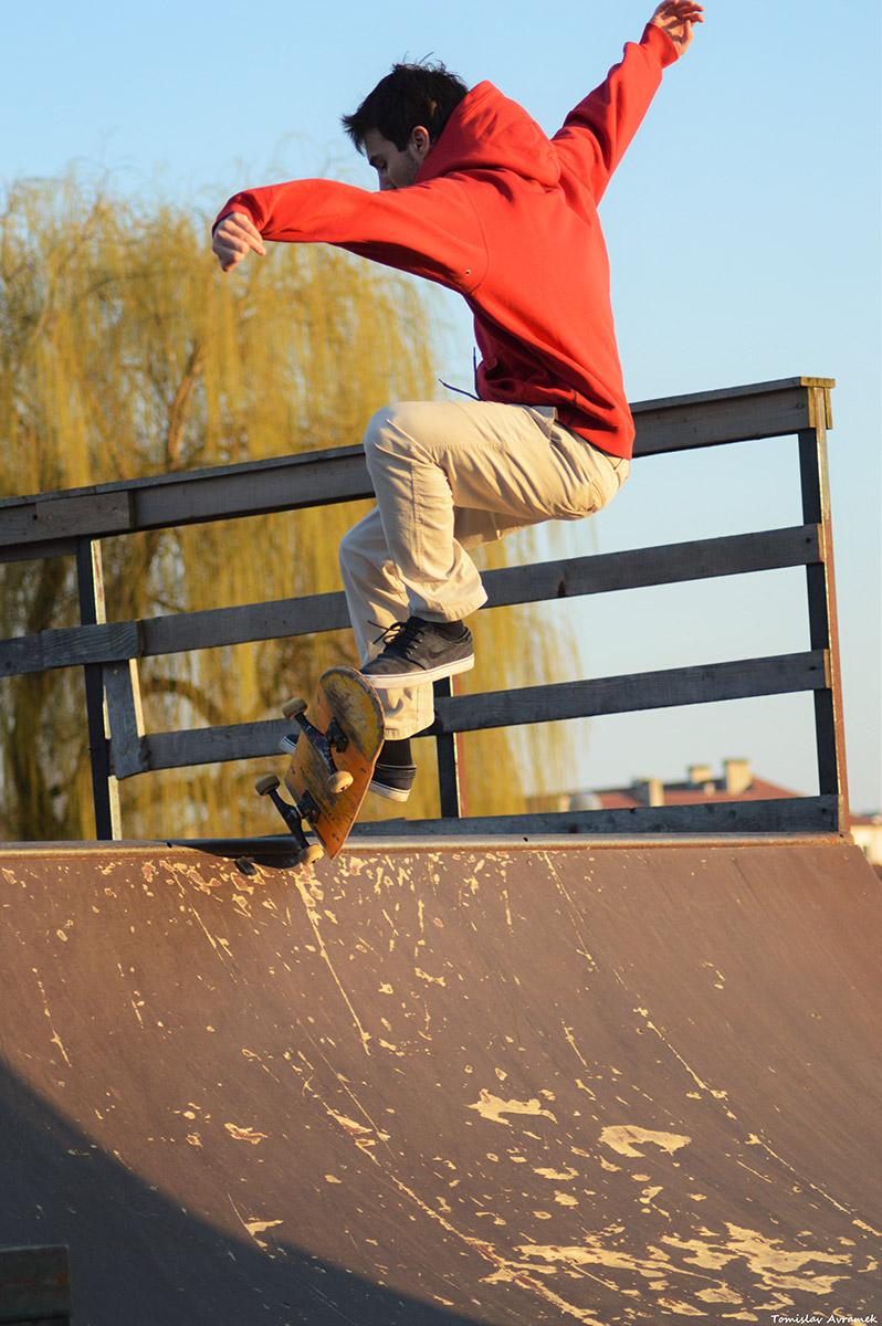Sportski dan  Foto: Tomislav Avramek  Ključne riječi: Skate Drava Park Sunce