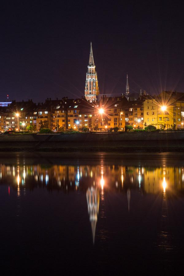 Svjetla grada  Foto: Matej Seletković  Ključne riječi: Svjetla Drava Grad Noc Priroda