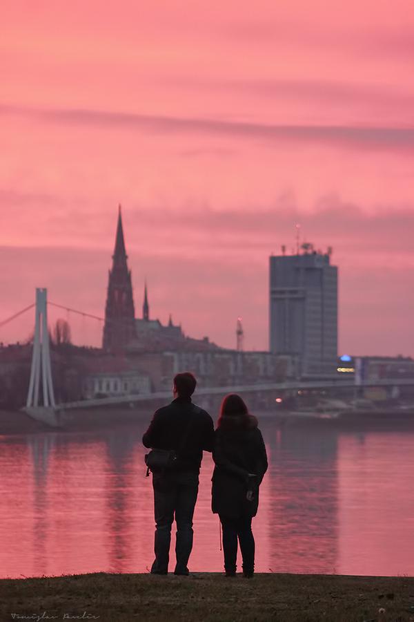 Sreća  Foto: Tomislav Pavelić  Ključne riječi: Ljudi Drava Most Priroda Fotografija