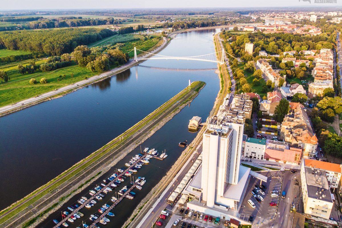 Most iz zraka  Foto: Ivan Misak  Ključne riječi: Drava Most Priroda Hotel Grad