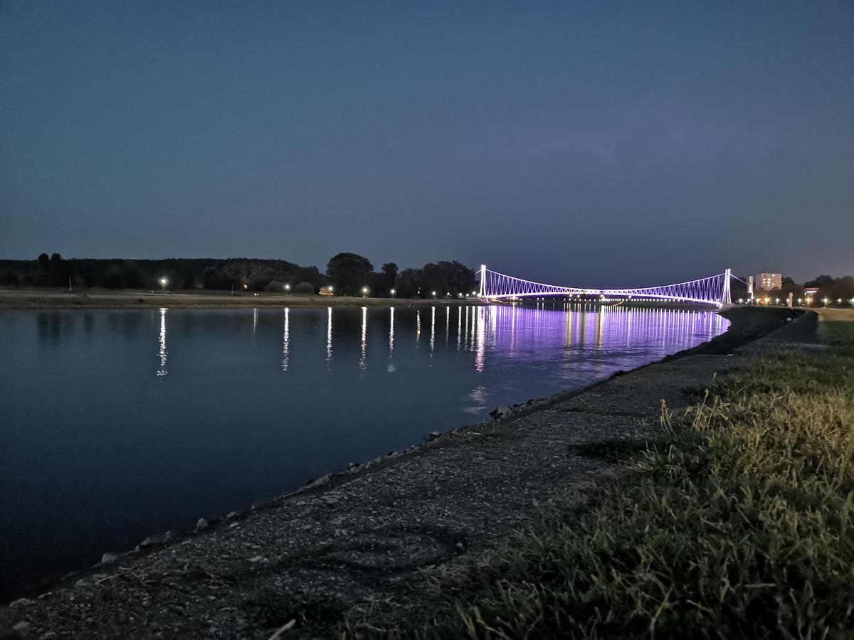 Kod mosta  Foto: Vedran Bjelobradić  Ključne riječi: Most Drava Priroda Noc