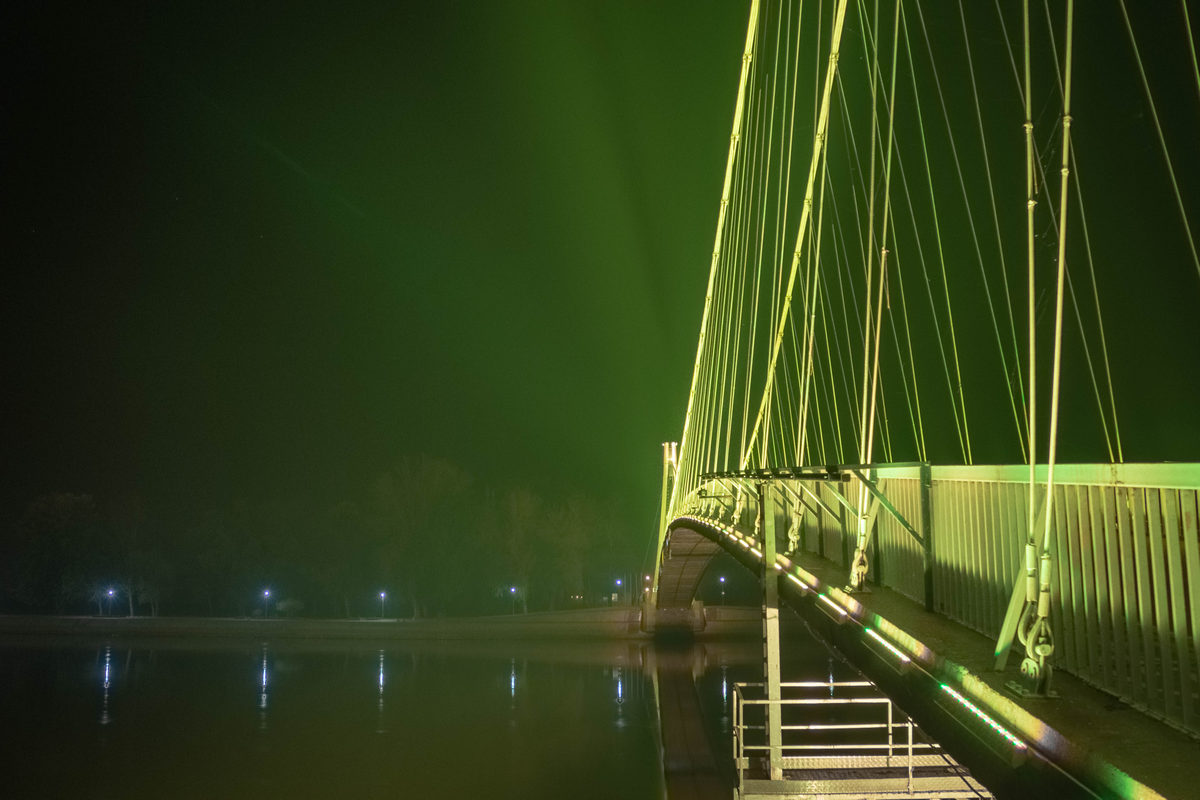 Zeleno žuti most  Foto: Zvonimir Haramustek  Ključne riječi: Most Drava Noc