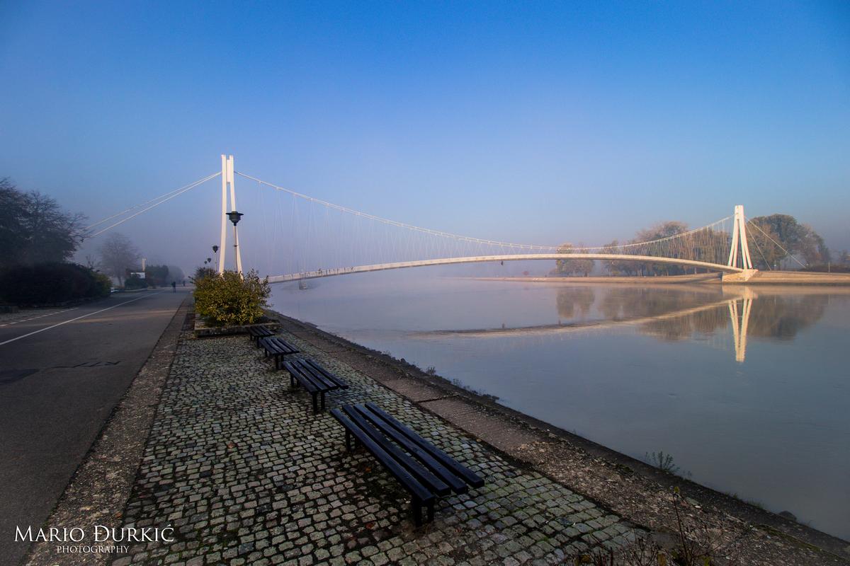 Magla  Foto: Mario Đurkić  Ključne riječi: Most Drava Priroda Magla