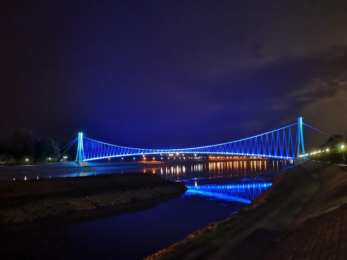 Plavi most  Foto: Marko Patron  Ključne riječi: Most Drava Pogled