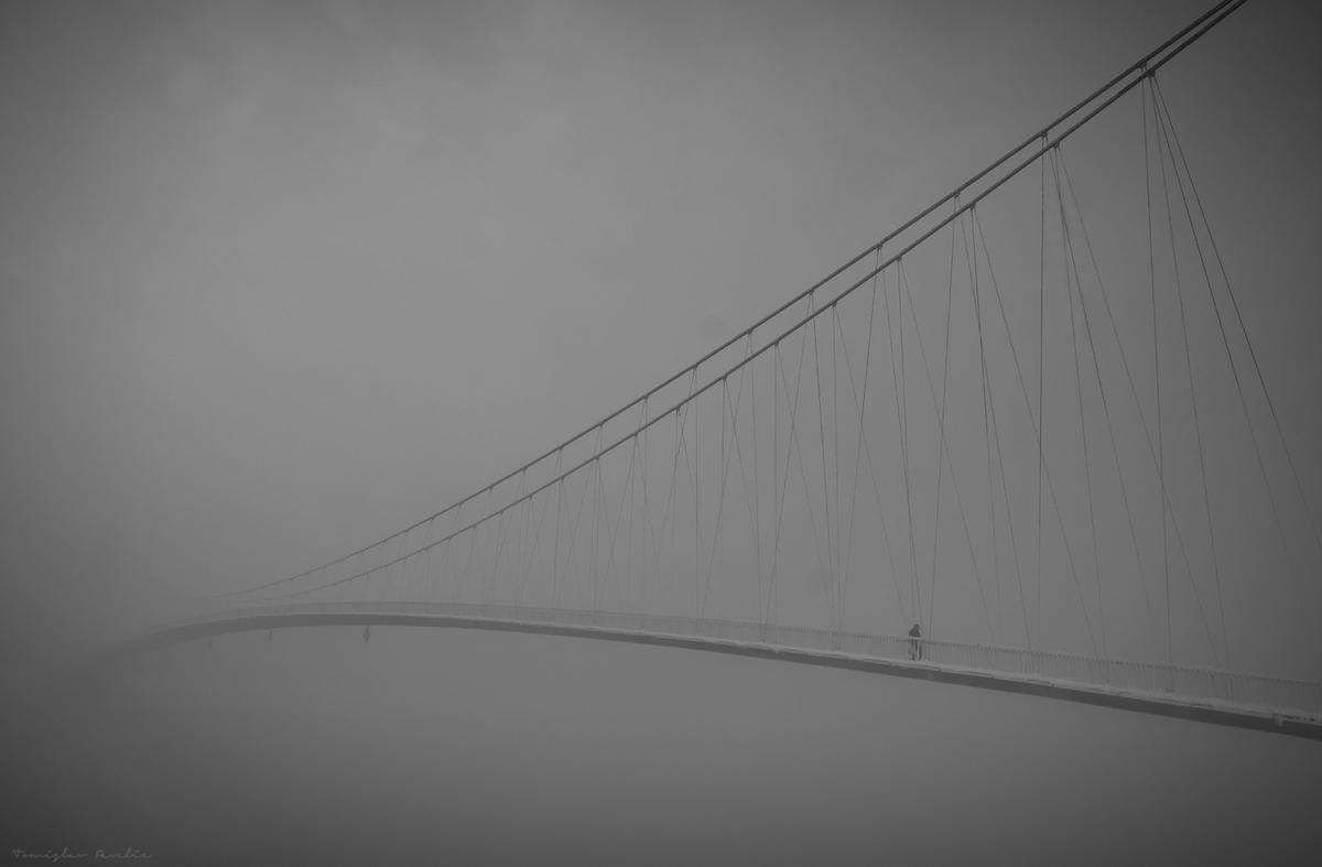Maglovito  Foto: Tomislav Pavelić  Ključne riječi: Magla Most Snijeg