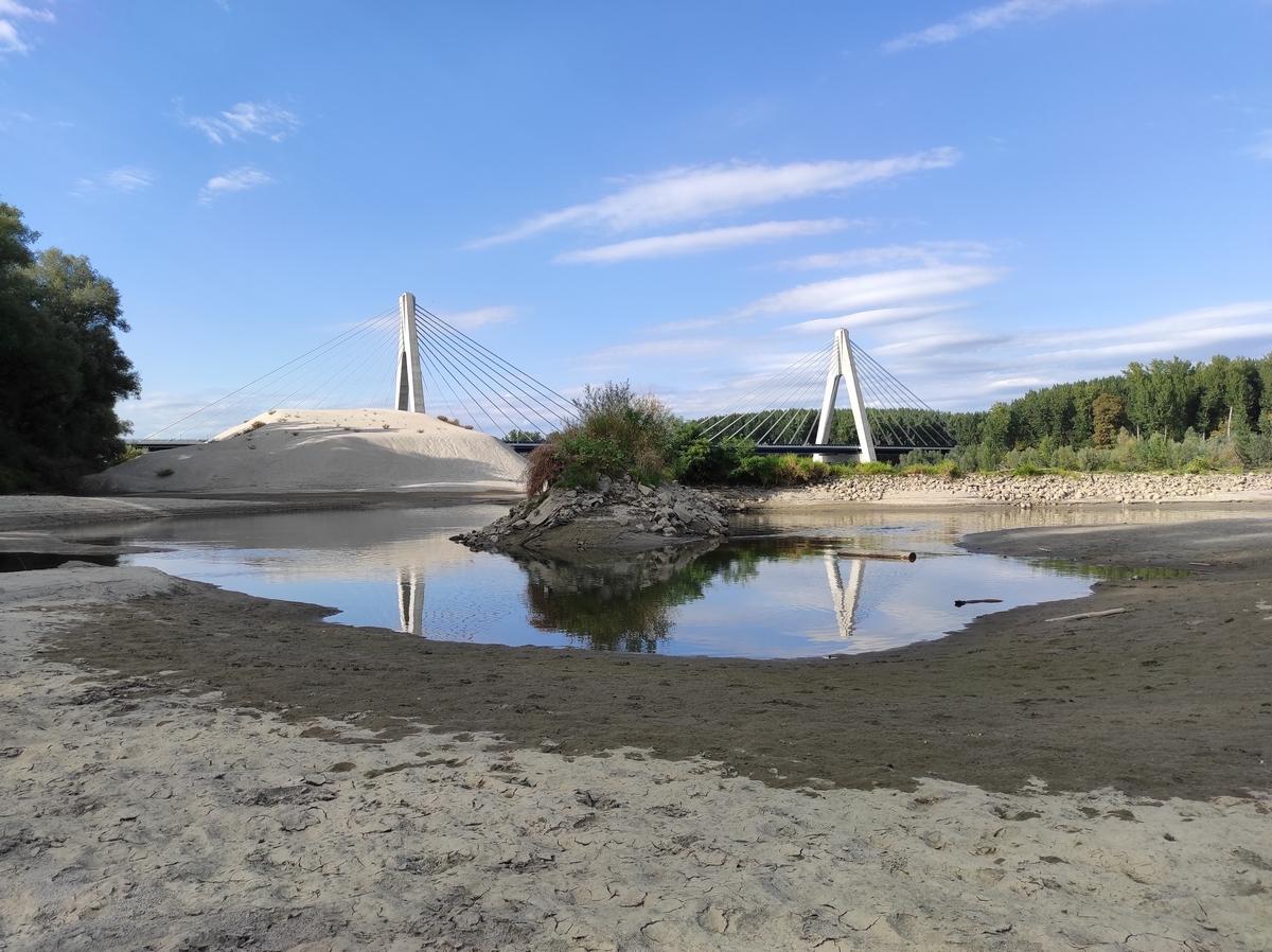 Most  Foto: Igor Josipović  Ključne riječi: Most Drava Pijesak Priroda