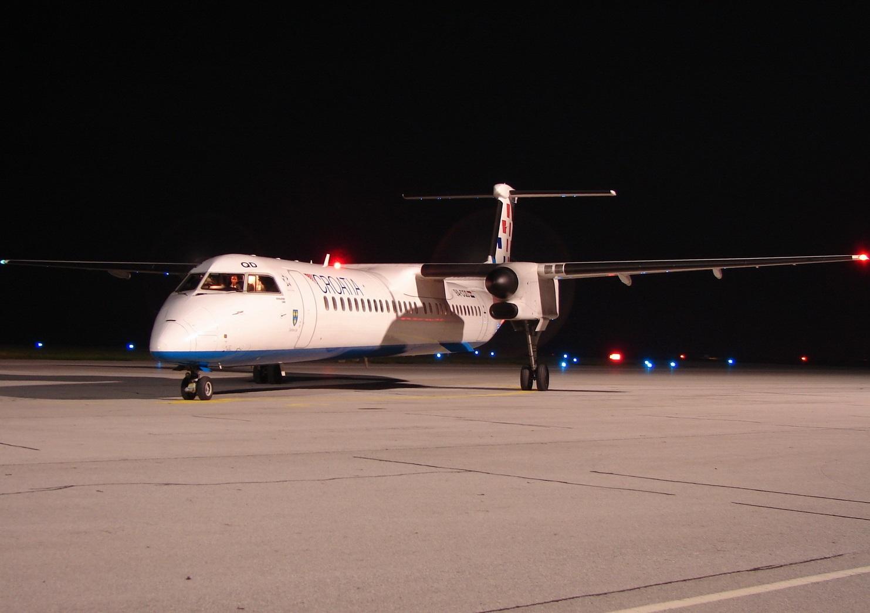 De Havilland Canada DHC-8-402Q Dash 8, Croatia Airlines, Zračna Luka Osijek - Klisa Photo: Josip Andračić - antonov