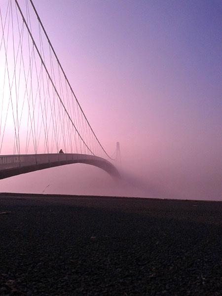 Most u beskraj  Foto: Ines Turinski  Ključne riječi: most drava oblaci magla