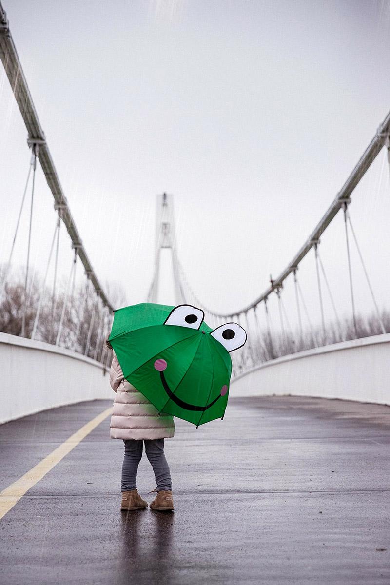 Kiša na mostu  Foto: Marina Vojnović  Ključne riječi: kisa most selective drava tmurno