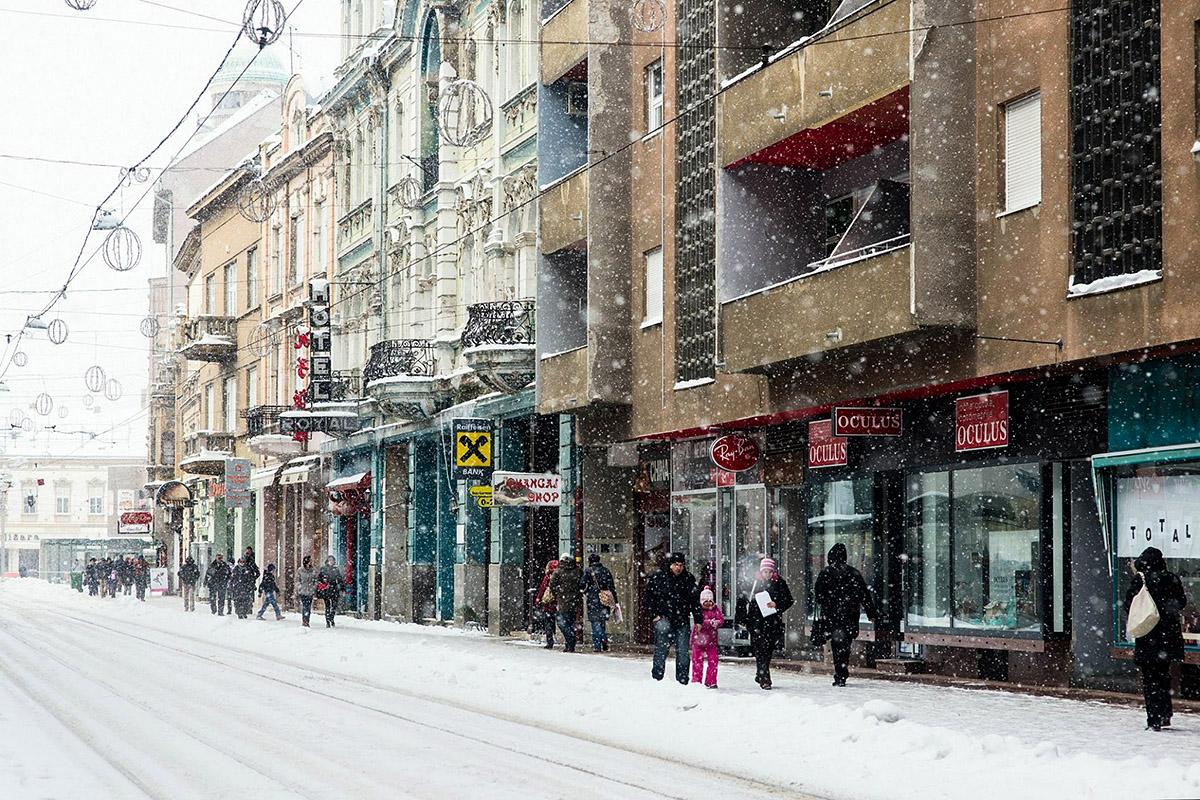 Snijeg u centru  Foto: Marina Vojnović  Ključne riječi: snijeg centar kapucinska